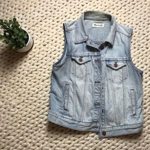 Madewell: the Jean vest in clear blue